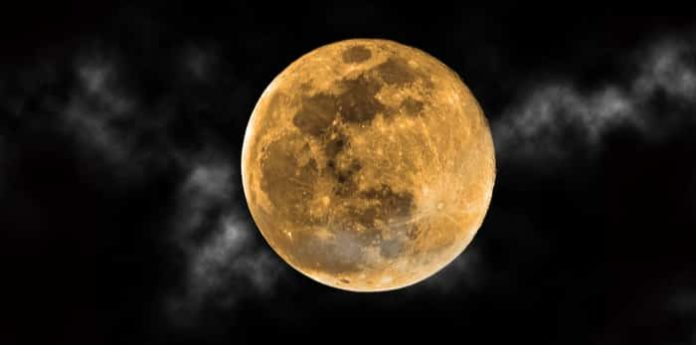 full moon, Harvest Moon, full moon time, full moon Date, full moon Timings in India, harvest moon time in india, harvest moon september 2019, harvest moon date, harvest moon 2019 date, harvest moon 2019 timings, full harvest moon 2019, full moon, full moon 2019, full moon september 2019, full harvest moon september 2019, full moon in september 2019, full moon in september, Friday the 13th,फुल मून, हार्वेस्ट मून, पूर्ण चांद, चंद्रमा, पूर्णिमा